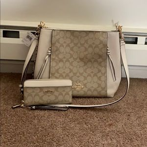 💛RARE Coach White, Light Khaki, Snake Print Set